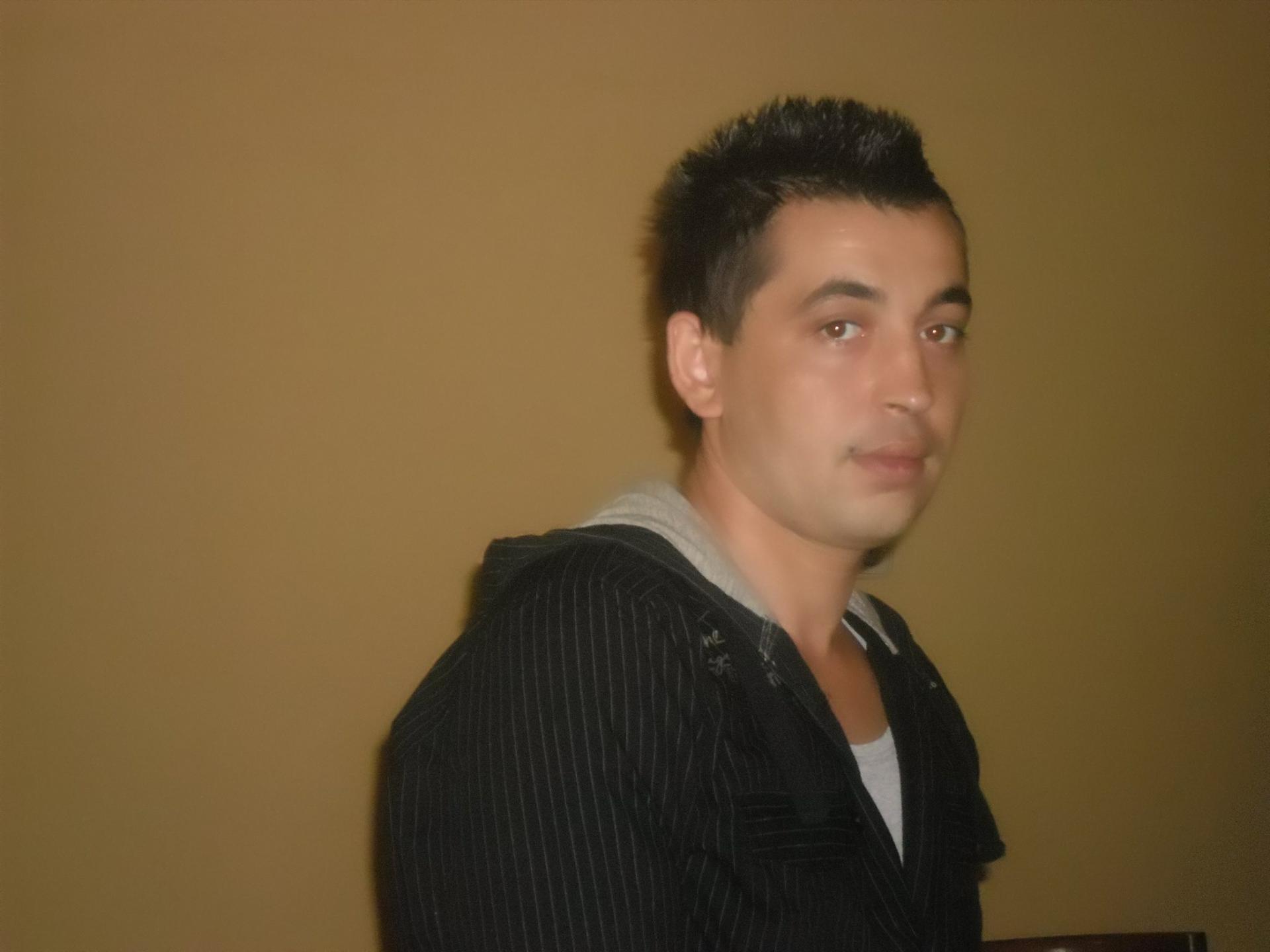 Tibor  uit Limburg,Nederland